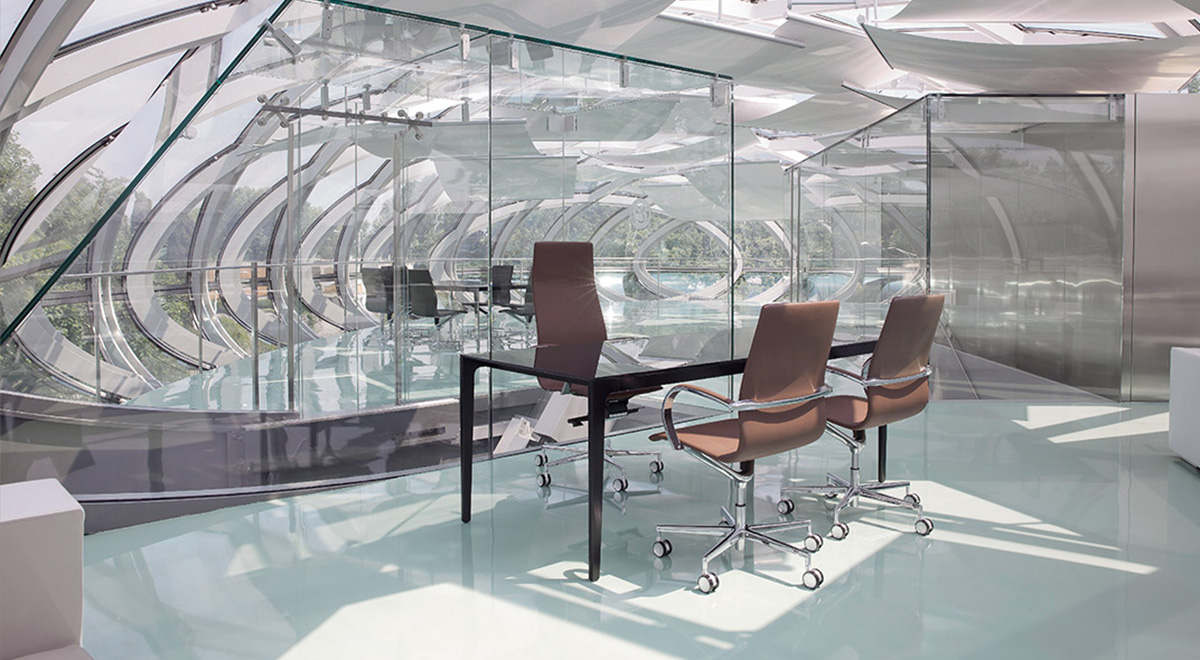http://www.frezzauk.com/wp-content/uploads/2015/09/Em204_office_seating_1200X660.jpg