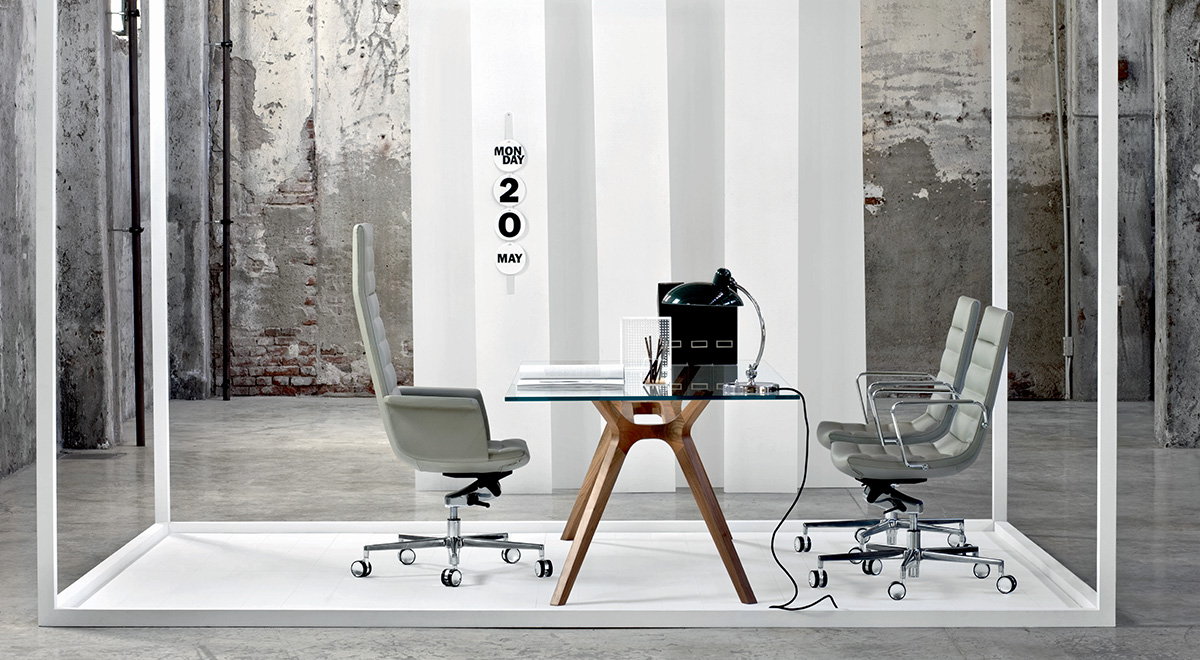 http://www.calverandco.com/wp-content/uploads/2015/09/key_office_seating_1200X660.jpg